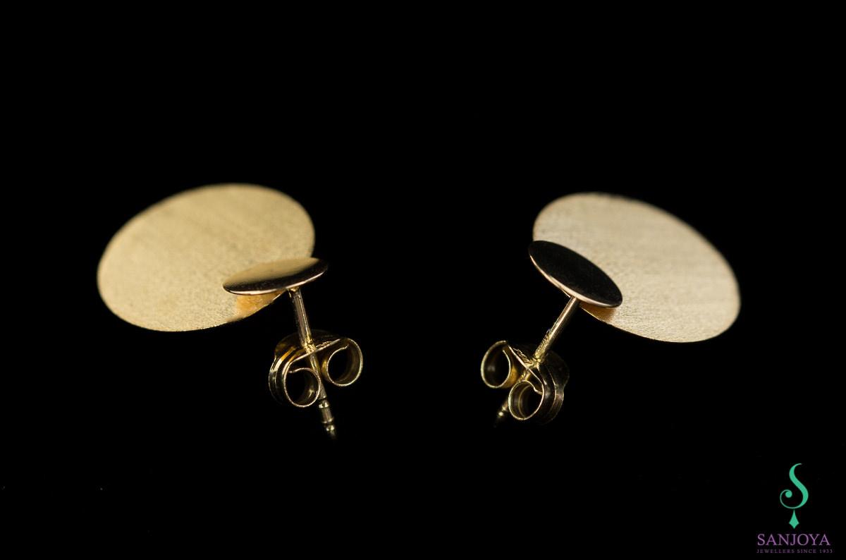 Gouden oorbellen met 2 cirkeltjes, 18Kt