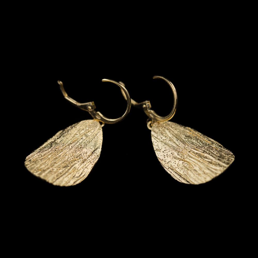 Vergulde afhangende ovale gediamanteerde oorbellen