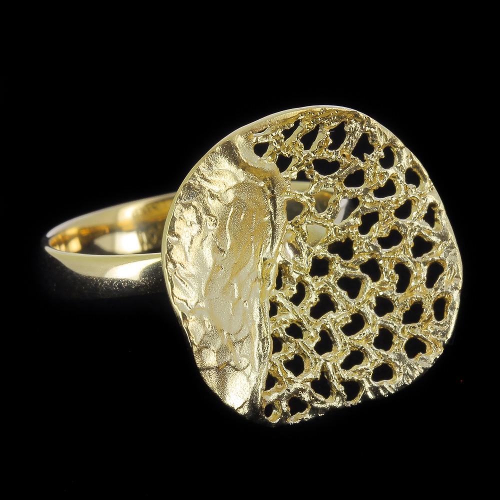 Bewerkte cirkelvormige ring van 18kt goud