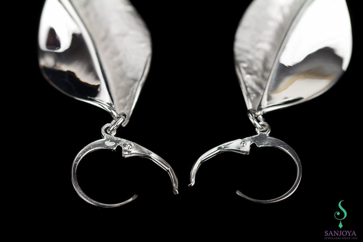 Zilveren afhangende oorbellen, mat en gepolijst