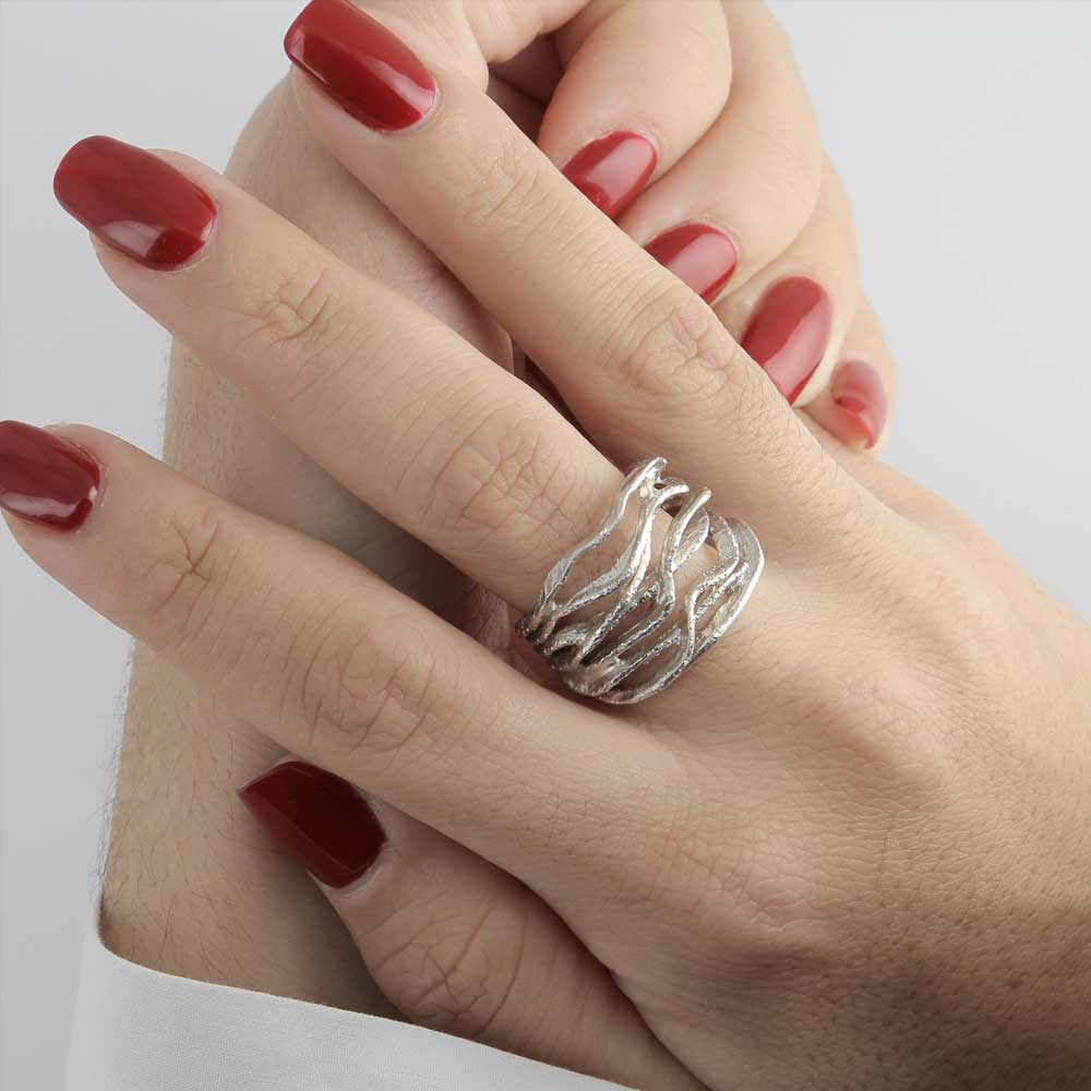 Magnifieke gediamanteerde ring van sterling zilver