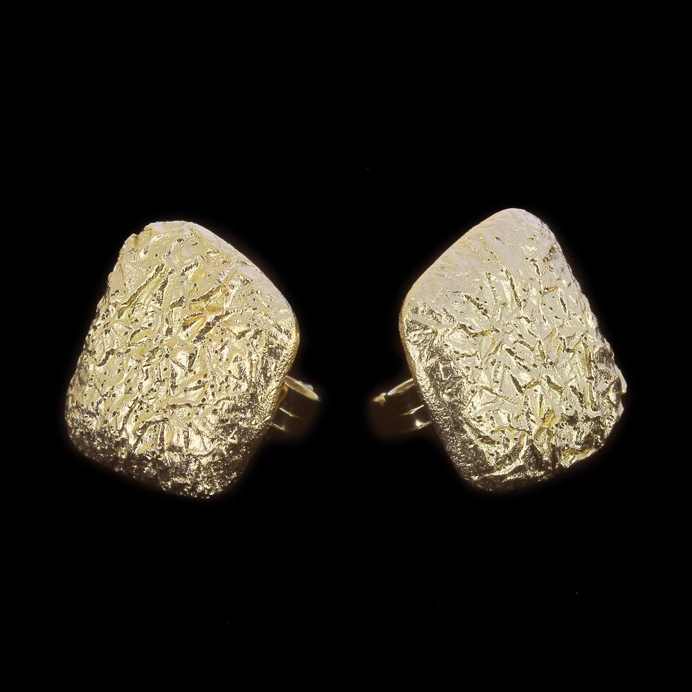 Vergulde vierkanten oorbellen met afgeronde hoeken