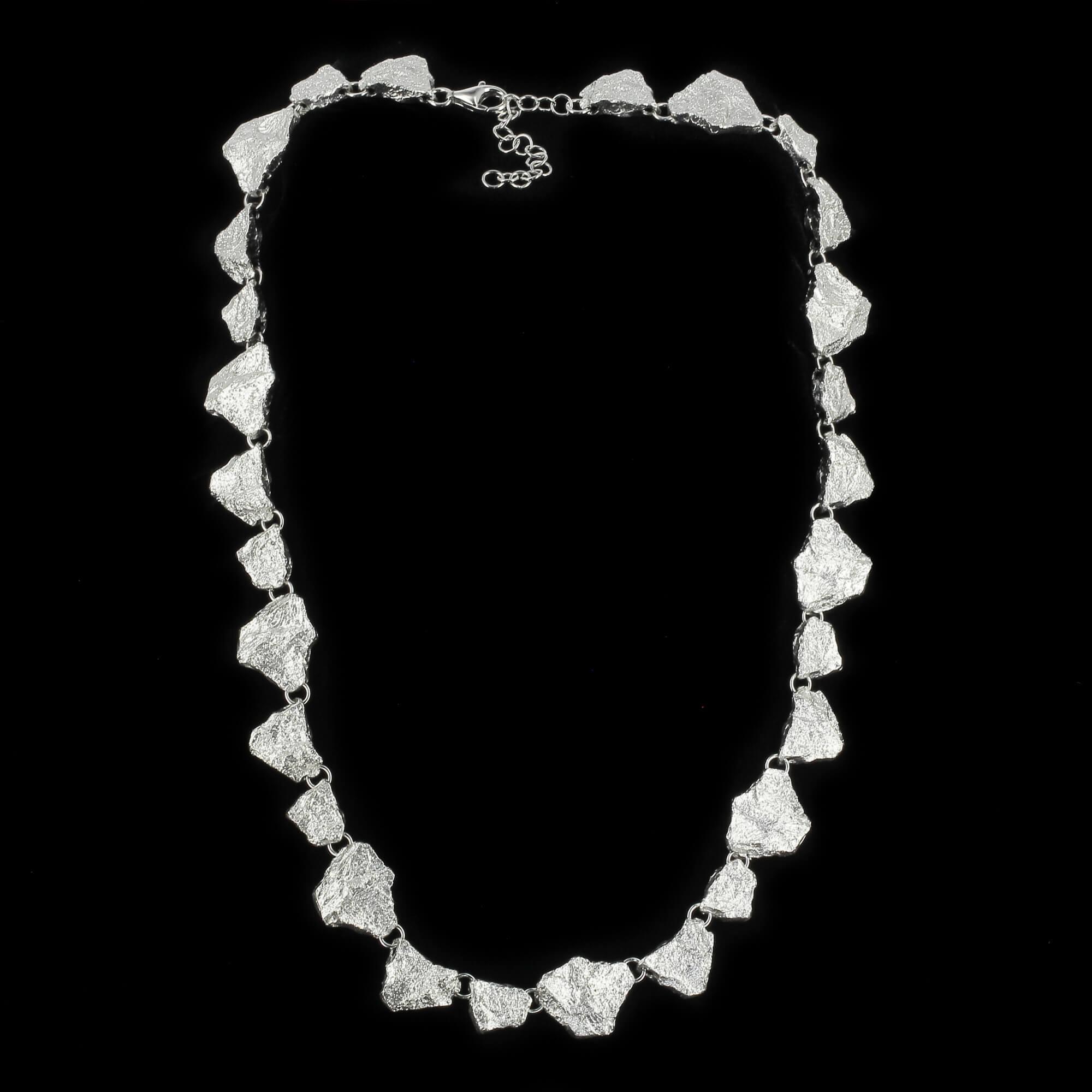 Schitterende steenvormige zilveren ketting