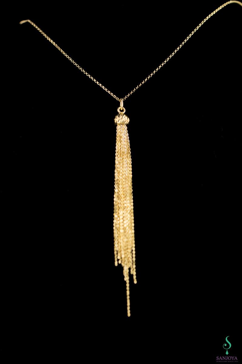 Vergulde ketting met een lange hanger