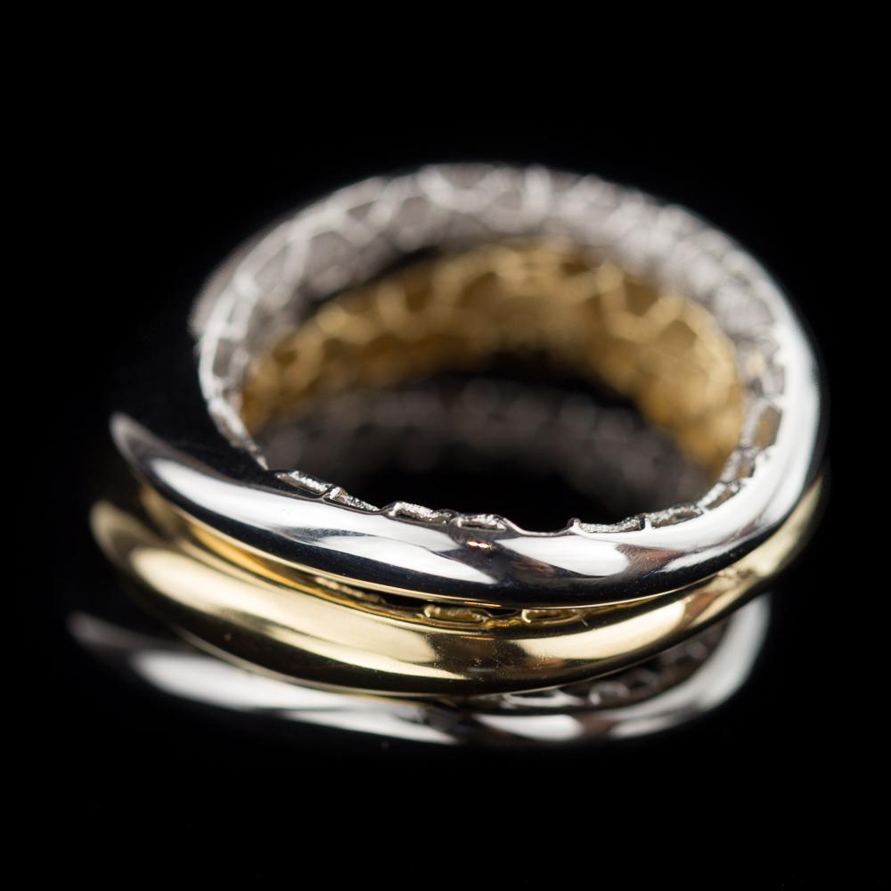 Bijzondere driekleurige gepolijste zilveren ring