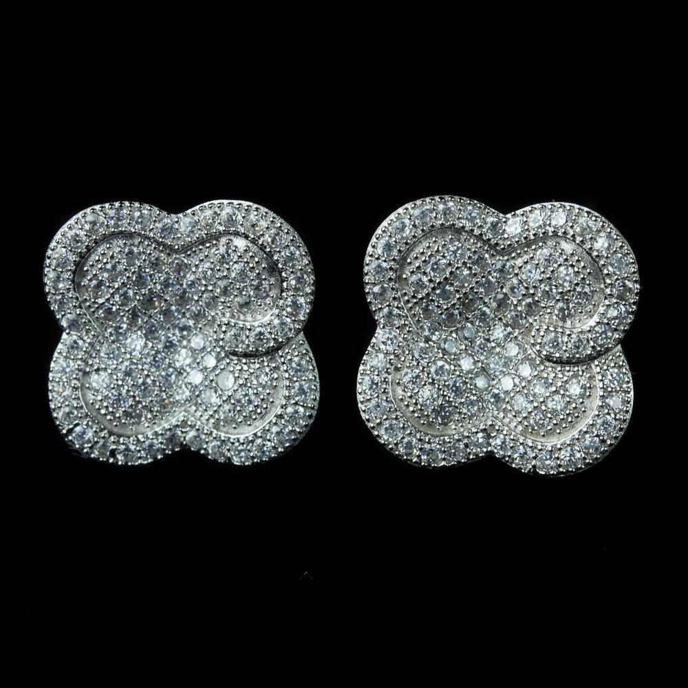 Zilveren klavervormige oorbellen met microzetting