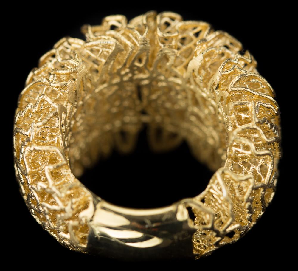Fraaie vergulde openbewerkte ring