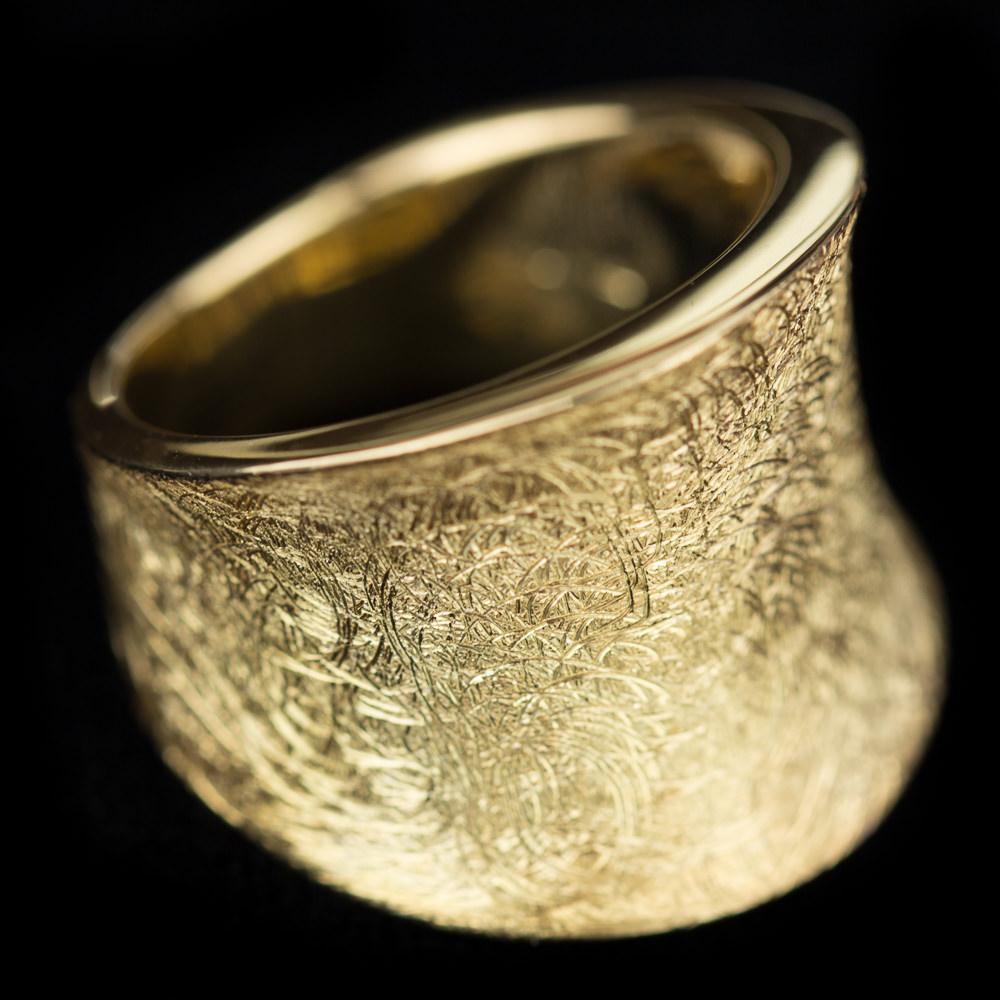 Vergulde matte Sanjoya ring